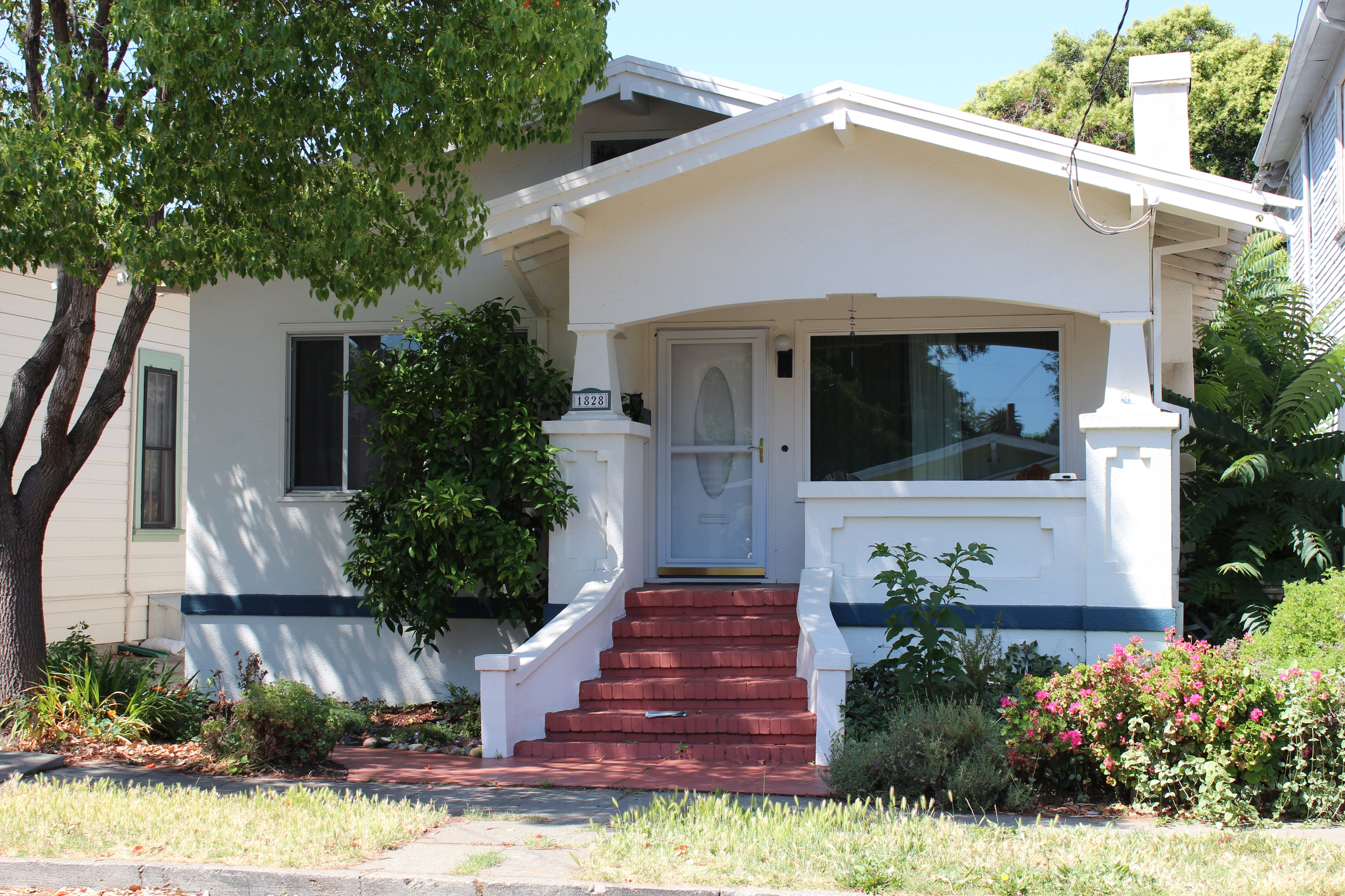 Downtown Martinez Home for sale! - PENDING SALE