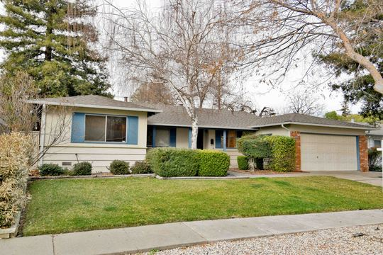 Concord-Walnut Creek border home for sale! - PENDING SALE!